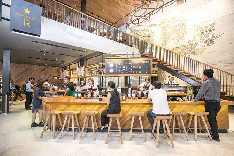 Starbucks-cambodia-indoteakdesign-reclaimed teak