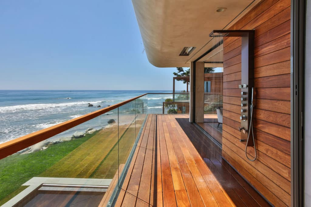 indoteak-design-custom-home-malibu-reclaimed-teak-decking-ocean