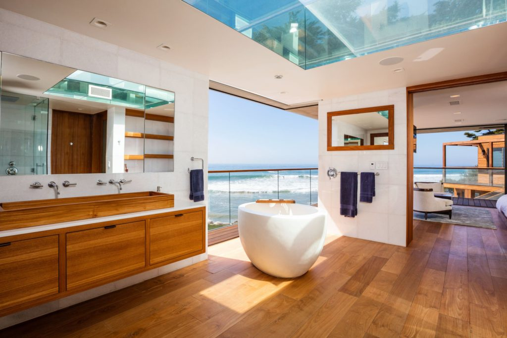 indoteak-design-custom-home-malibu-reclaimed-teak-bathroom